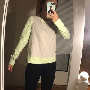 Lululemon cropped pullover
